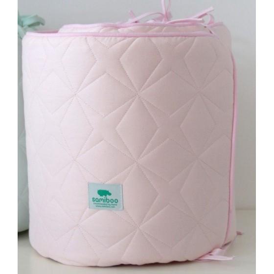Samiboo - Pikowany ochraniacz Super Star różowy na całe łóżeczko 120x60 cm (360cm)